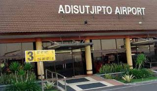jasa ojek motor dari dan ke bandara adisucipto airport yogyakarta jogja