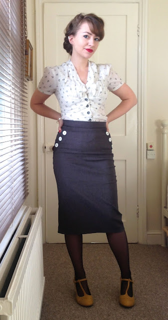 40s pencil skirt with blouse daywear