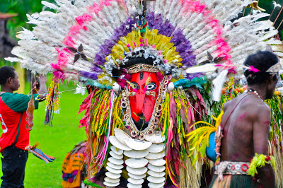 Viva la voyage people and sights of papua new guinea