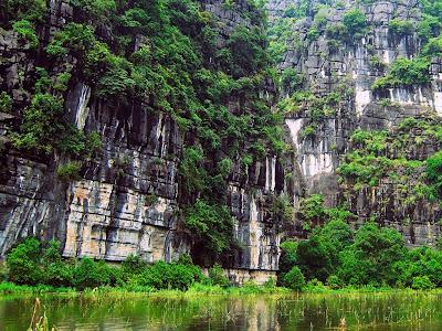 Tam Coc caves 3