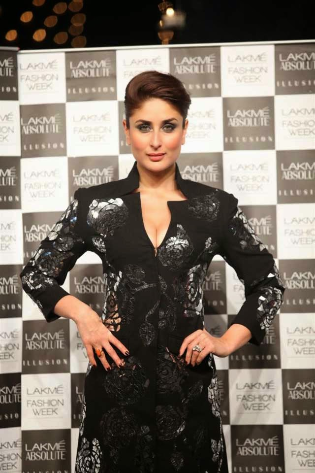 Kareena Kapoor at Lakme Fashion Week Summer/Resort 2014