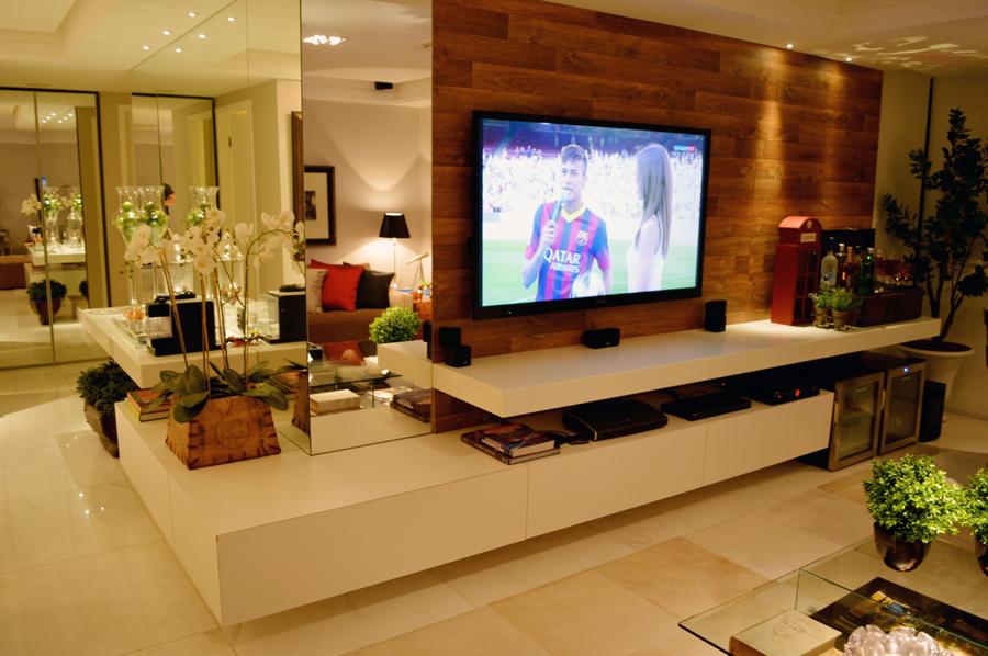 um para sala de jantar e tv  veja ótimas ideias para apartamentos