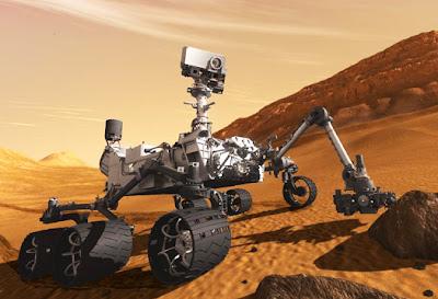 Ilustración del Mars Curiosity sobre suelo marciano