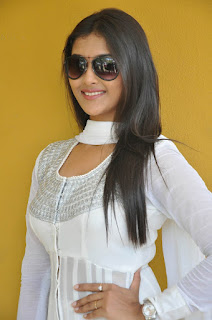 Actress Pooja Jhaveri Pictures in White Salwar Kameez at L7 Movie Opening 014