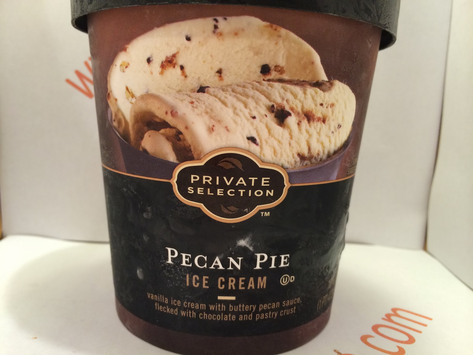 Crazy Food Dude: Review: Private Selection Pecan Pie Ice Cream