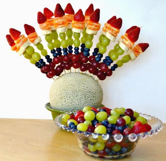 Melon con Brochetes de Fruta decoracion