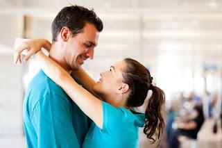 panggilan sayang yang unik kepada suami isteri