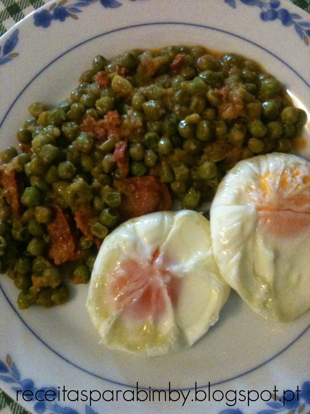 Ervilhas com Ovos Escalfados na Bimby
