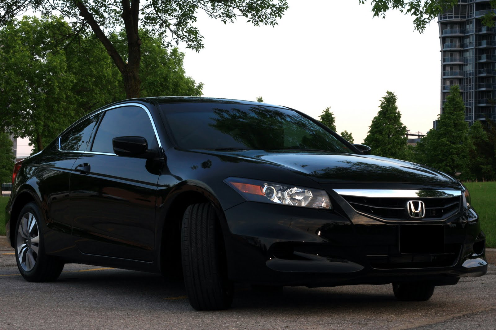 2011 Black Honda Accord Coupe High Resolution Pictures David