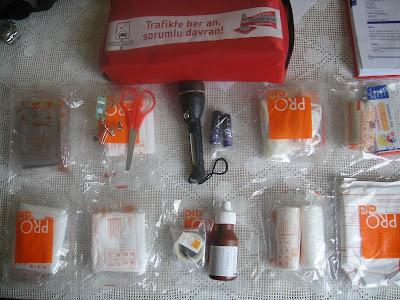 ilk-yardım-çantası-malzemeleri-içindekiler-nasıl-hazırlanır