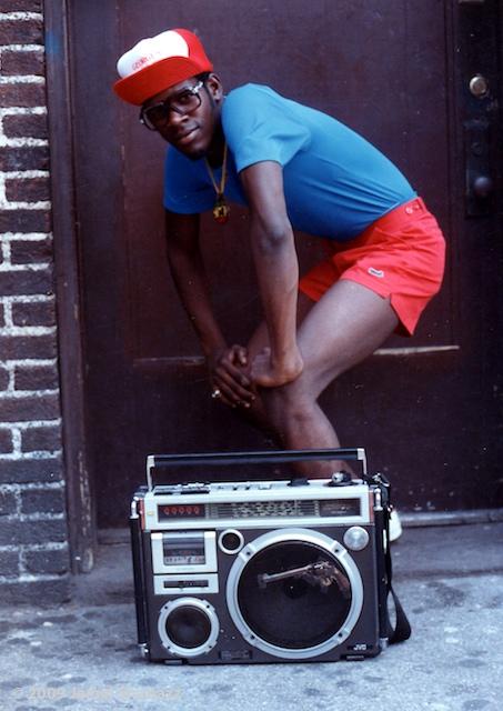 Jamel Shabazz - Back in the Day | Die Anfänge von HipHop in Bilder festgehalten ( 22 Bilder - Fotodokumentation )