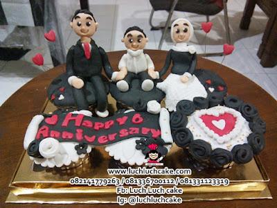 Cupcake Hitam dan Putih