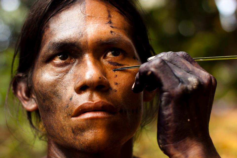 Maquillaje ritual de magia (imagen de Diego Escobar en archivo de Yanda Sha)