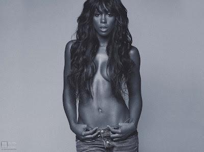 >Kelly Rowland Topless par Derek Blanks