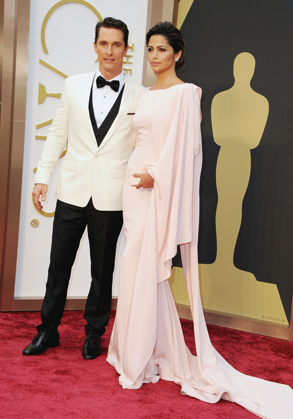 Camilla Alves' Oscar 2014 Dress by: Gabriela Cadena