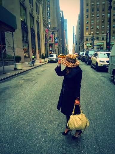 Olivia Inkster, American fashion blogger, fashionable US girl New York City, New York fashion blogger, Brooklyn girl style NYC, winter in NYC 2014, leopard wide brim hat, designer leopard accessories, Susana Monaco faux fur wool coat, black wool and fur coat, best winter black coats women 2015, Cynthia Rowley black suede heels, new york city streetstyle, street photographs New York