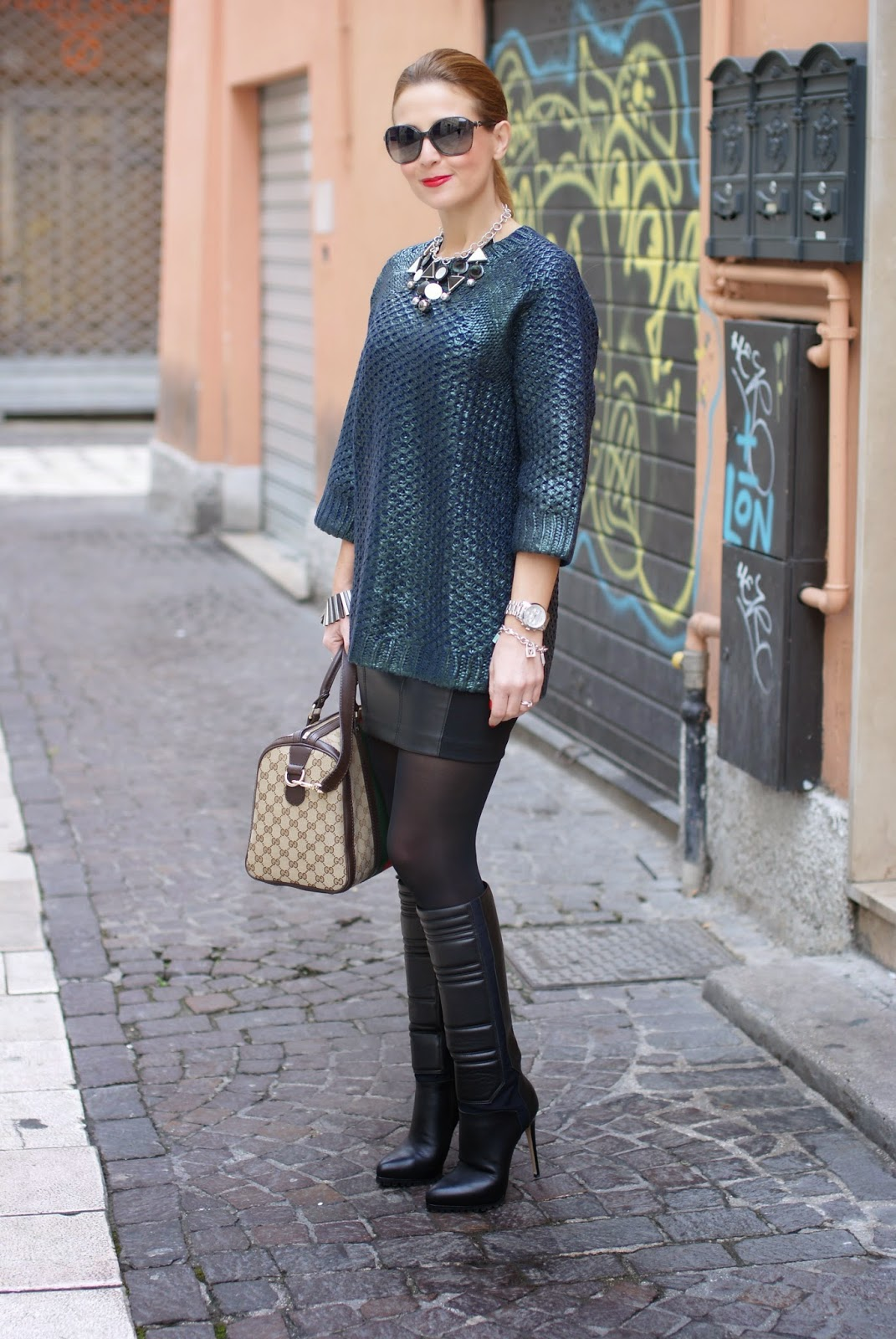metallic finish jumper worn with leather mini skirt, H&M pattern knit jumper, Gucci web boston bag, Fashion and Cookies, fashion blogger