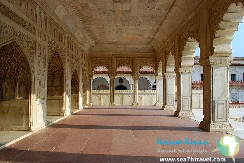 قلعة اغرا في الهند