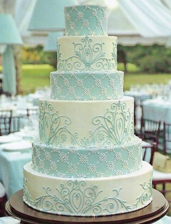 Something Blue Wedding Ideas - big and blue wedding cake
