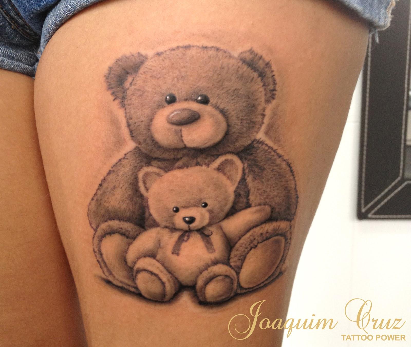 PHOTOS Des tatouages cachés dévoilés dans une série de  - photo artistique tatouage