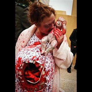 бебе корем бременна дупка вси светии костюм кръв