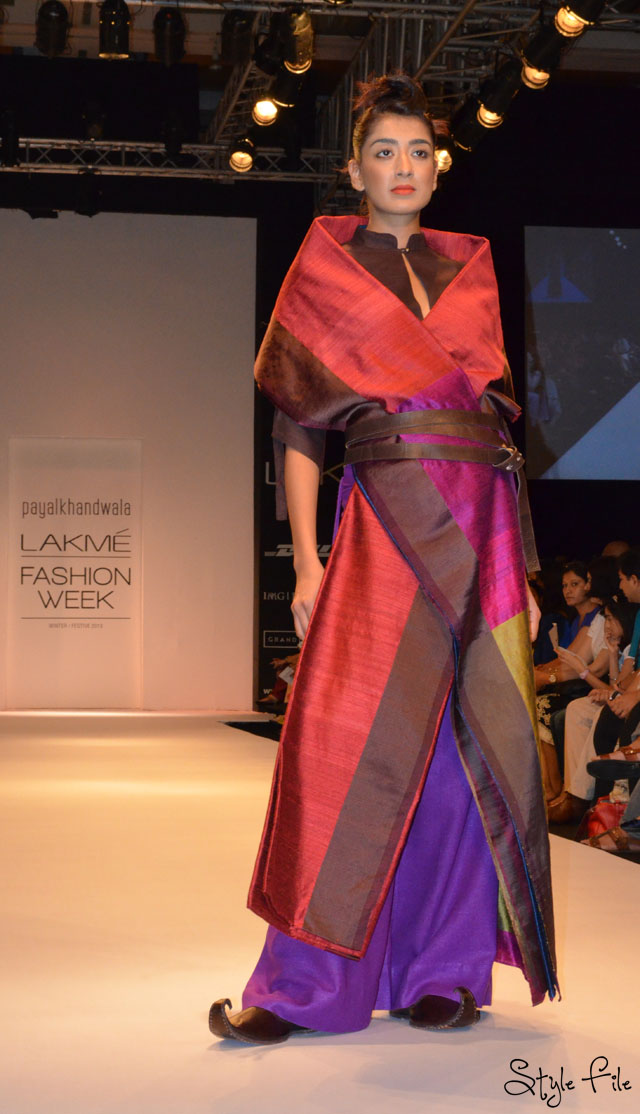 lakme fashion week payal khandwala mojris jewel tones