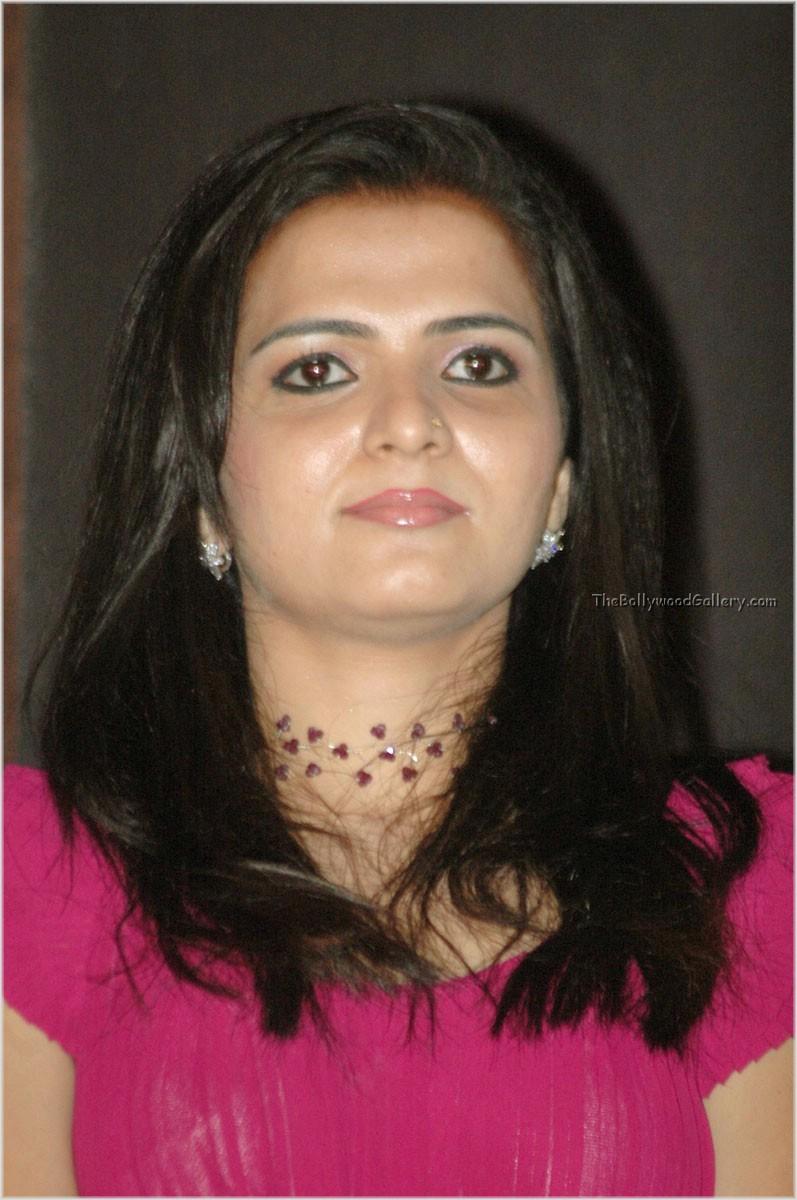 Vijay Tv Actress Nude Photos
