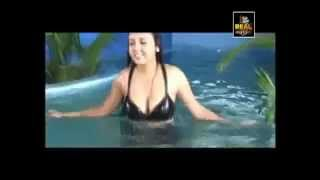 Watch Oru Santhipil Hot Tamil Movie Online