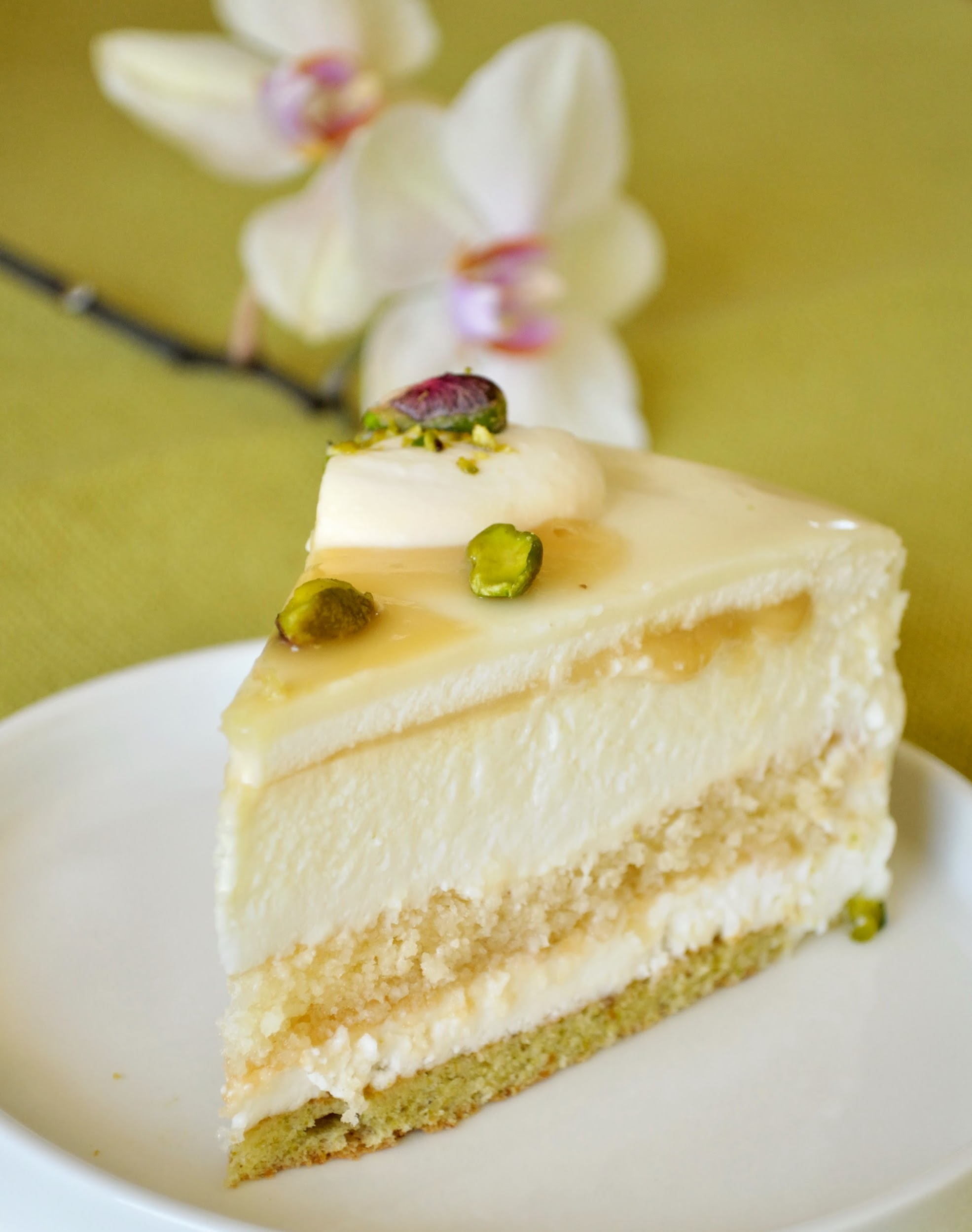 coconut and white chocolate torte