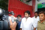 Pawan Kalyan casting Vote-thumbnail-2