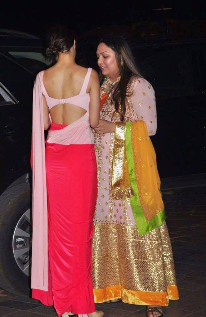 shraddha kapoor at arpita khan wedding reception hd backless photo