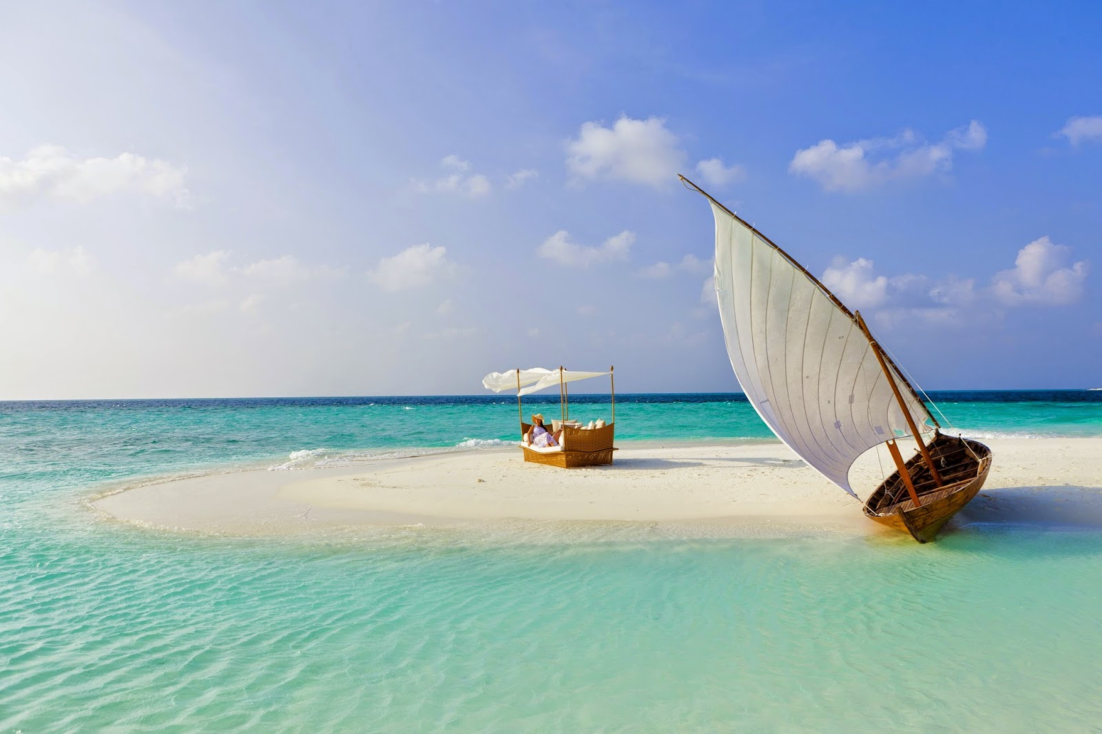 Easter Sun in Maldives Beach Holiday
