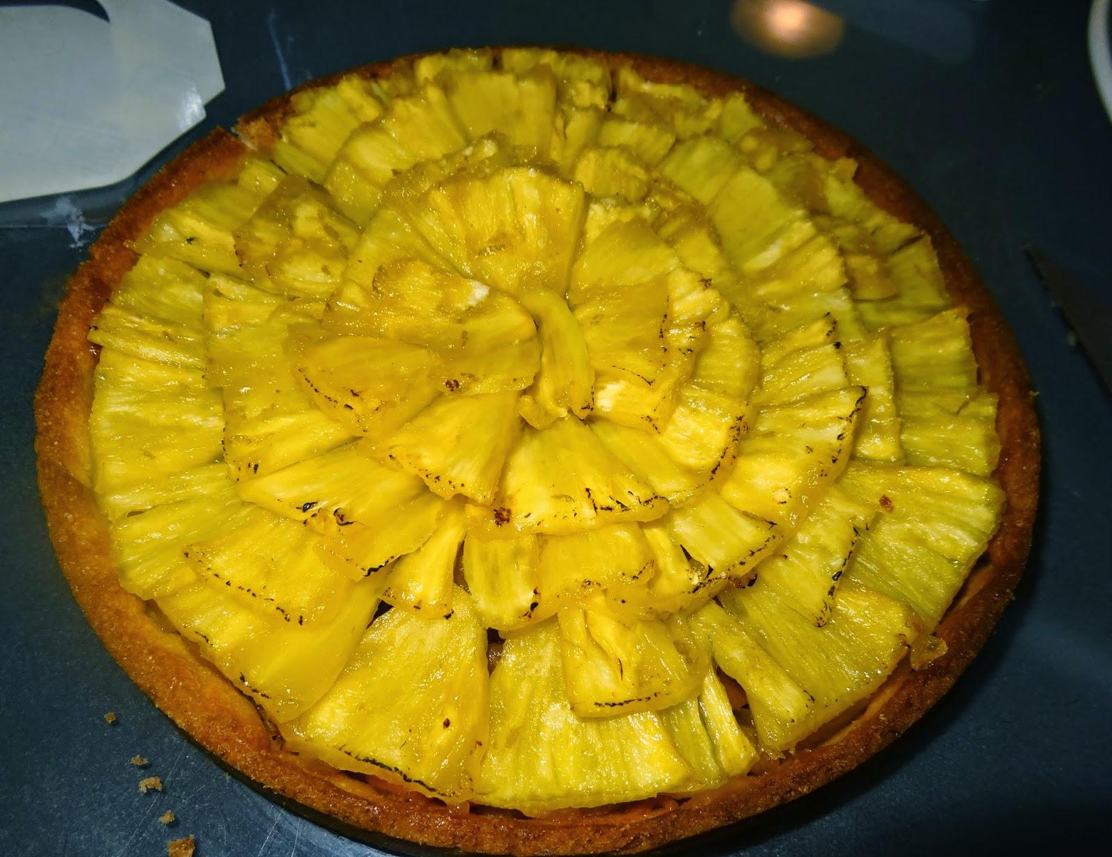 En déclinaison de la tarte amadine à l\u0027ananas que j\u0027ai réalisé en TP, voici  ma version allégée de la tarte mangue,ananas de Philippe Conticcini.