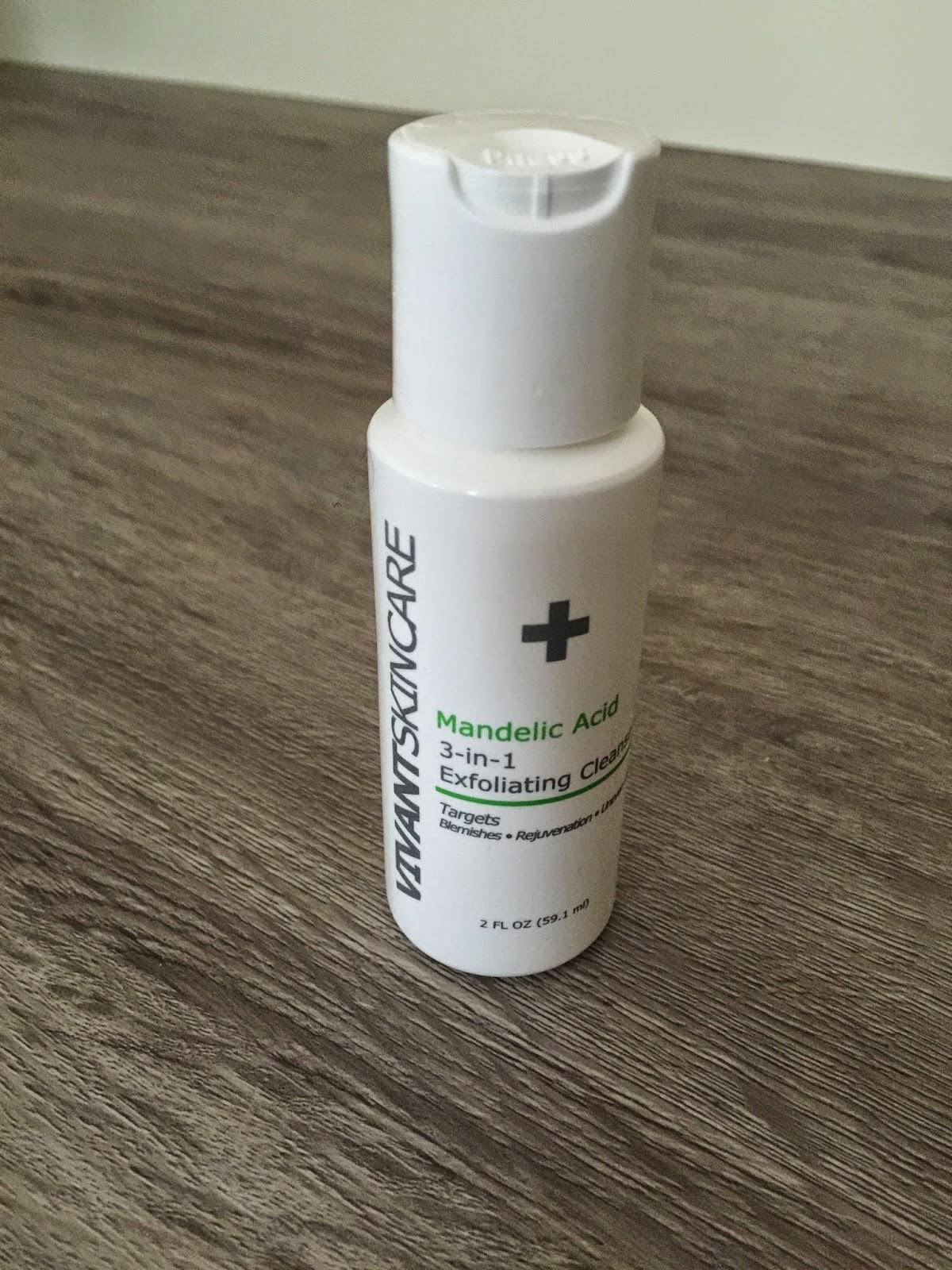 vivant skincare 3 in 1 mandelic Acid Exfoliating face wash