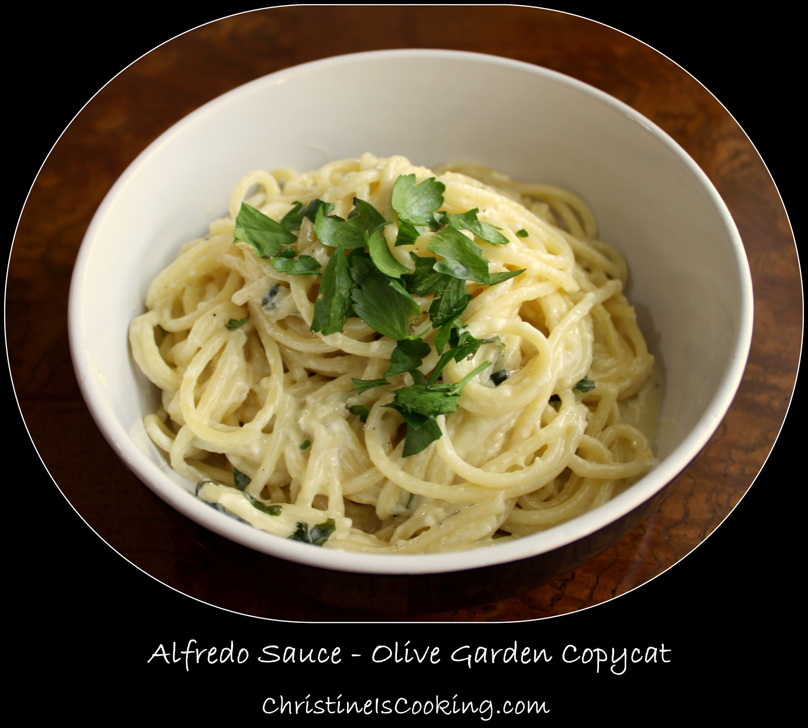 This Copycat Olive Garden Alfredo Sauce recipe is a fast and easy dinner, and proof that homemade is better than going out! This recipe is made with cream cheese for an extra creamy result. I distinctly remember making this alfredo sauce recipe in a massive batch for a group of guys/girls/myself.