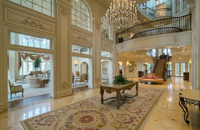 Champ d 39 or mansion an opulent estate in hickory creek for Decorating house for sale