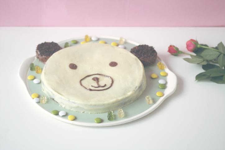 Pastel de cumpleaños con forma de osito
