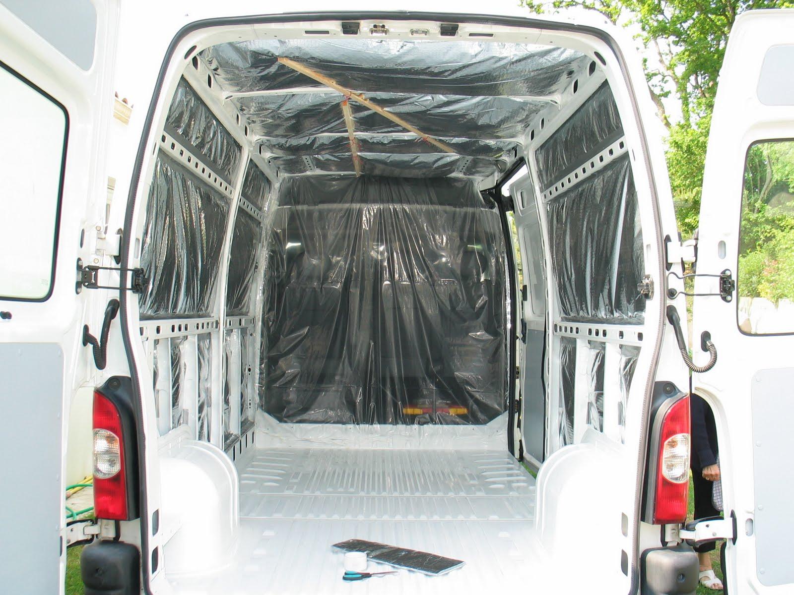 l 39 habillage des parois am nager un camping car en conservant l 39 utilitaire. Black Bedroom Furniture Sets. Home Design Ideas
