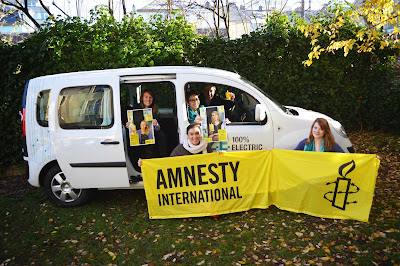 http://amnesty-luxembourg-photos.blogspot.com/2013/11/100-electric.html
