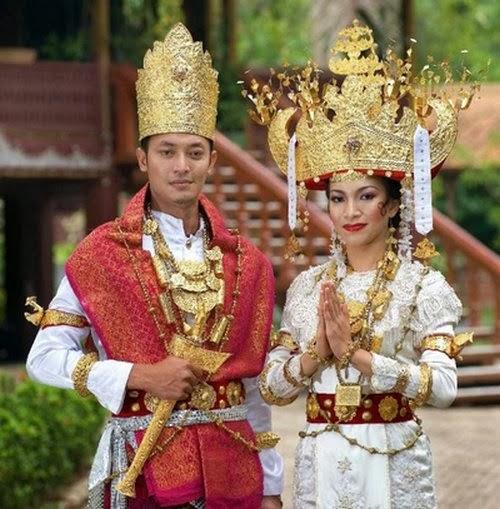 Pakaian Pernikahan Adat Pernikahan Adat | newhairstylesformen2014.com