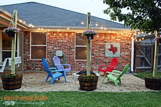 Beautiful DIY Patio Area With Texas Lamp Posts | Add A Patio With Fun Planter Posts To