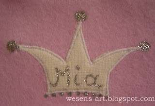 winter baby sweater crown  wesens-art.blogspot.com