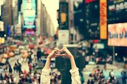 Deixe sempre um pouquinho de seu amor por onde passar.