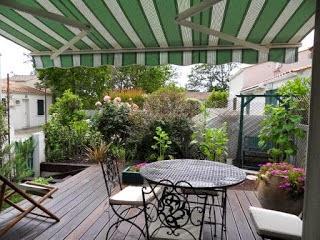 http://www.location-saint-georges-d-oleron.com/pages/maison-godfroy-pour-4-personnes.html