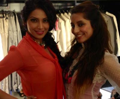 bipasha basuanusha dandekar at vinegar store launch latest photos