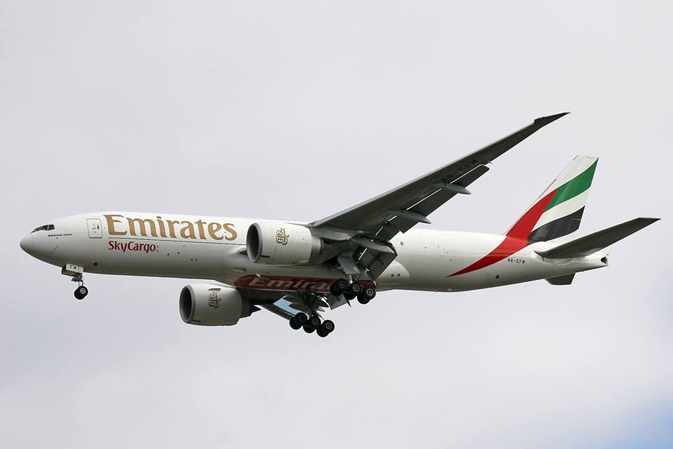 perth airport spotters blog emirates sky cargo b777f1h