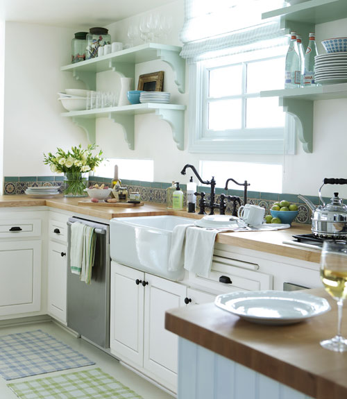 A Sweet Kitchen | Content in a Cottage