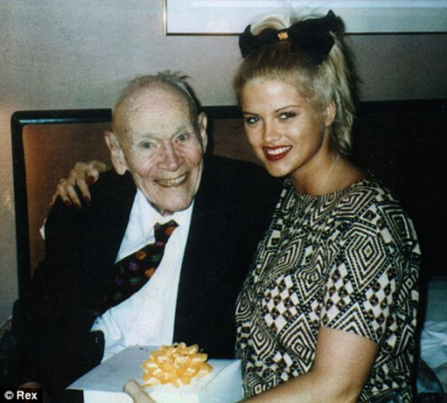 Anna-Nicole-Smith-dan-Howard-Marshall
