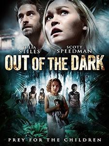Ám Ảnh Bóng Đêm | Out Of The Dark (2015)