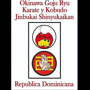 Emblema Jinbukai República Dominicana Shinyukaikan Goju Ryu -Kobudo.